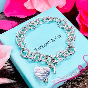 NWOT T&Co Return To Tiffany Heart Padlock Bracelet